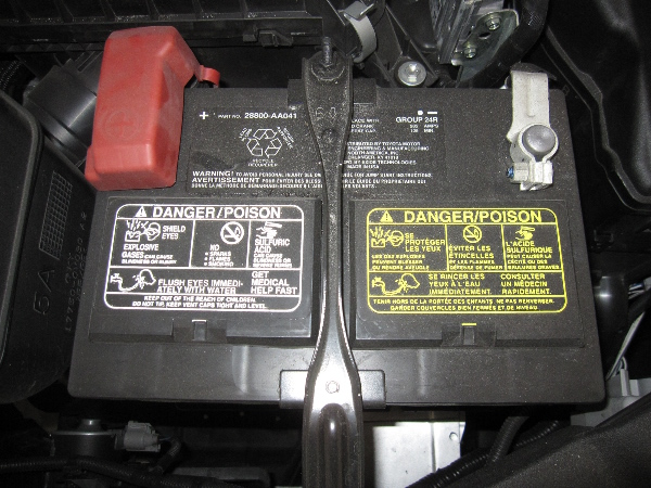 How to change battery in toyota car remote